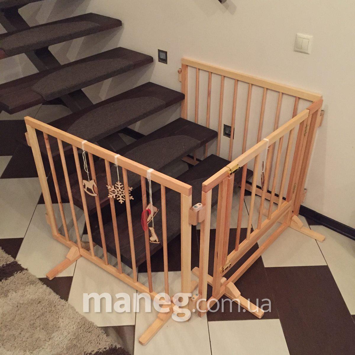 Чем закрыть лестницу от детей своими руками 733